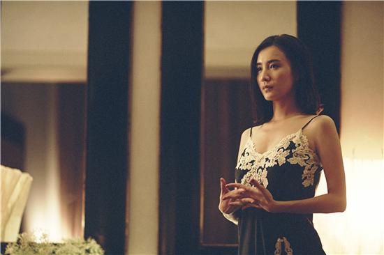 《陆垚》被誉年度最时髦电影 宋佳三分钟换一套服装