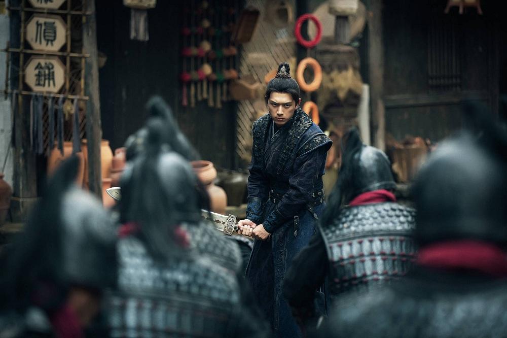 《剑王朝》持续热播 李现继韩商言后首担古装男主